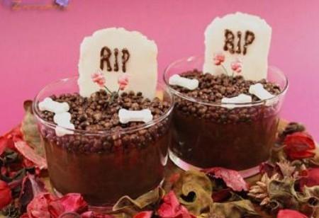 Dolci per Halloween fai da te, la ricetta delle tombe dolci