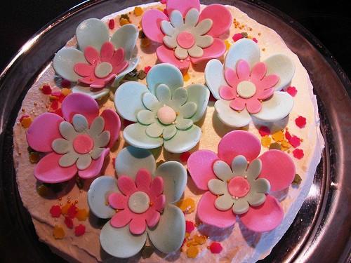 Torte di compleanno per bambini: decorazioni semplici e originali [FOTO]
