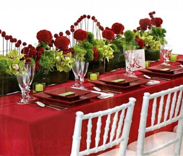 Decorazioni per la tavola in rosso
