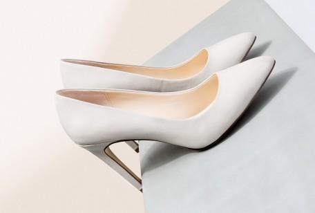 La collezione Primavera Estate 2015 di scarpe Mango comprende modelli in  tutte le forme più fashion della stagione bfb972807fc